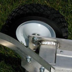 bora-magnetic-sweeper-wheel-adjustment