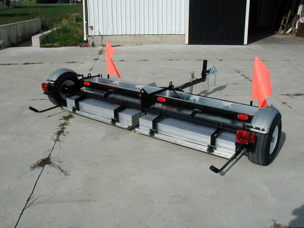 fod-airport-magnetic-sweeper-tow-behind-piranha-bluestreak-equipment
