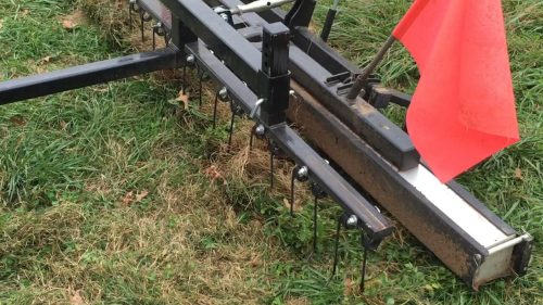 horse-paddock-magnetic-sweeper-picking-up-metal-rhino-bluestreak-equipment