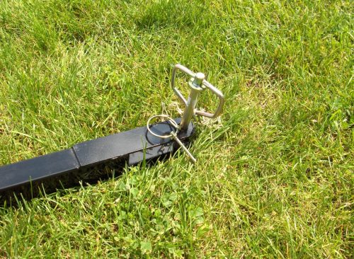 magnet-tow-behind-hog-series-showing-pin-bluestreak-equipment