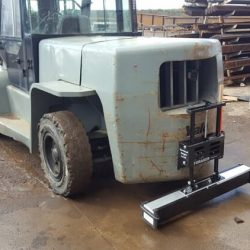 forklift_magnetic_sweeper-forager_44-bluestreak-equipment-750x-bluestreakequipment