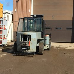 pin_mounted_forklift_magnet-forager-bluestreakequipment