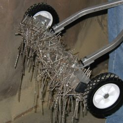 scape-series-magnetic-sweeper-bluestreak-equipment-nail-debris1