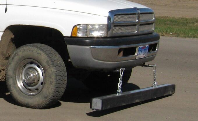 wrasse-hanging-magnet-bluestreak-equipment-sioux-falls-1