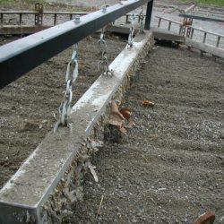 wrasse-magnetic-sweeper-picking-up-metal-debris-on-race-track-bluestreak-equipment-2