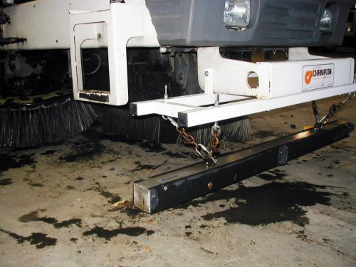 wrasse-magnetic-sweeper-road-equipment-bluestreak-equipment
