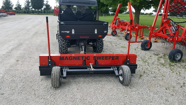 Parking_lot_magnetic_sweeper_-_Caiman_By_Bluestreak_Equipment