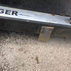 Eiger wheeled hanging magnet debris picked up