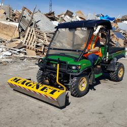 Bluestreak Equipment Yak magnetic sweeper