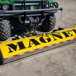 Magnetic sweeper Bluestreak Equipment YAK series