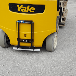 NAOS series forklift magnet