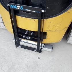 rear mount forklift magnet