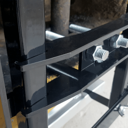 tighten mounting clamp onto pin hook to pull NAOS tight against forklift