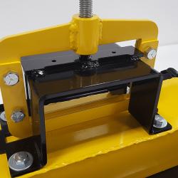 Fork pocket on OBLAST fork mounted magnetic sweeper