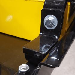close up end view of OBLAST forklift magnet