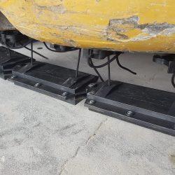 Nomic hanging forklift magnetic sweeper